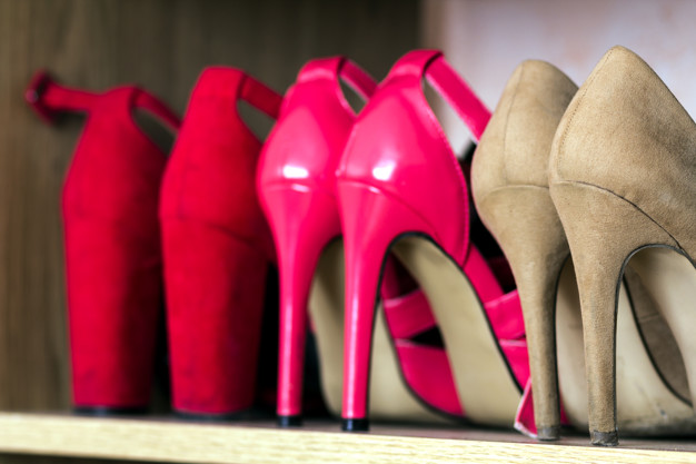 Stilettos vs Pumps vs Kitten Heels