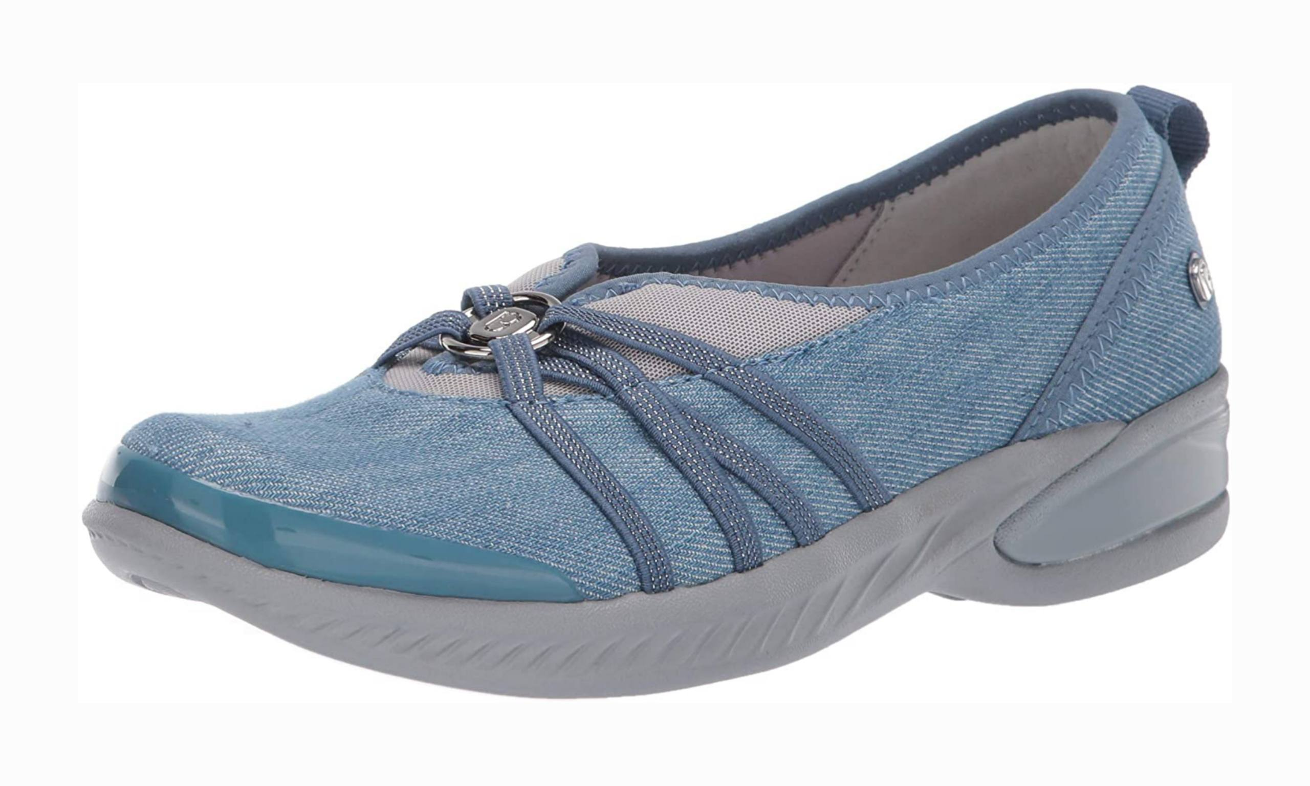 Women's shoe with arch support