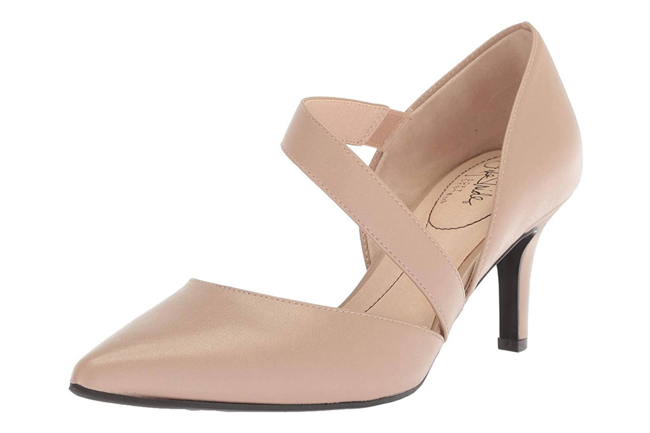 Low Heel Wedding shoe with closed toe