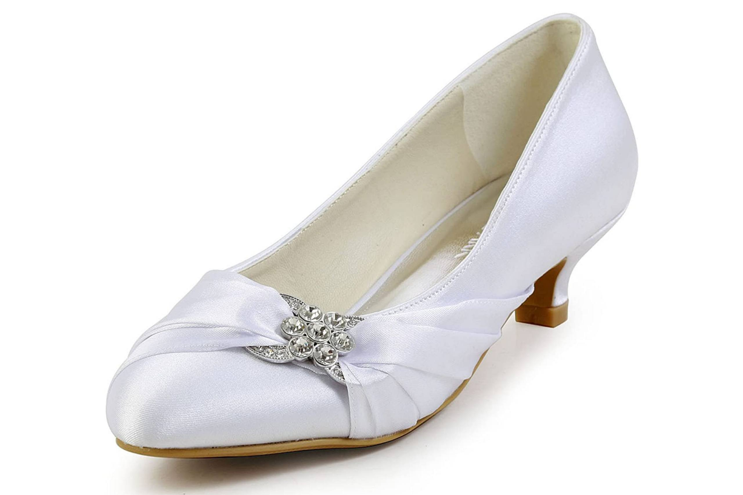 Low Heel bridal shoe with closed toe
