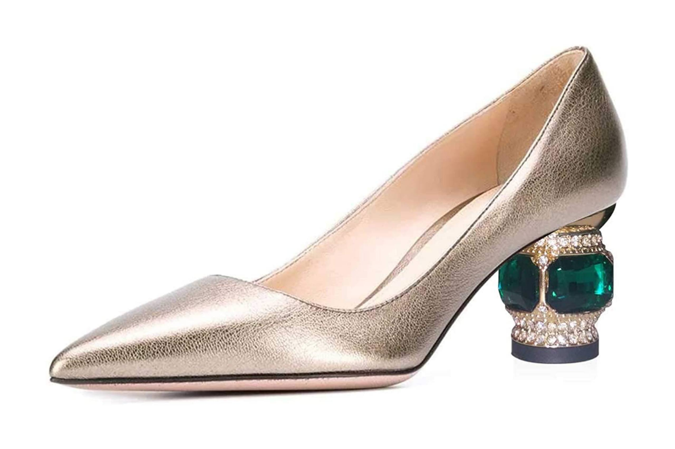High quality low heel shoes for wedding with closed toe