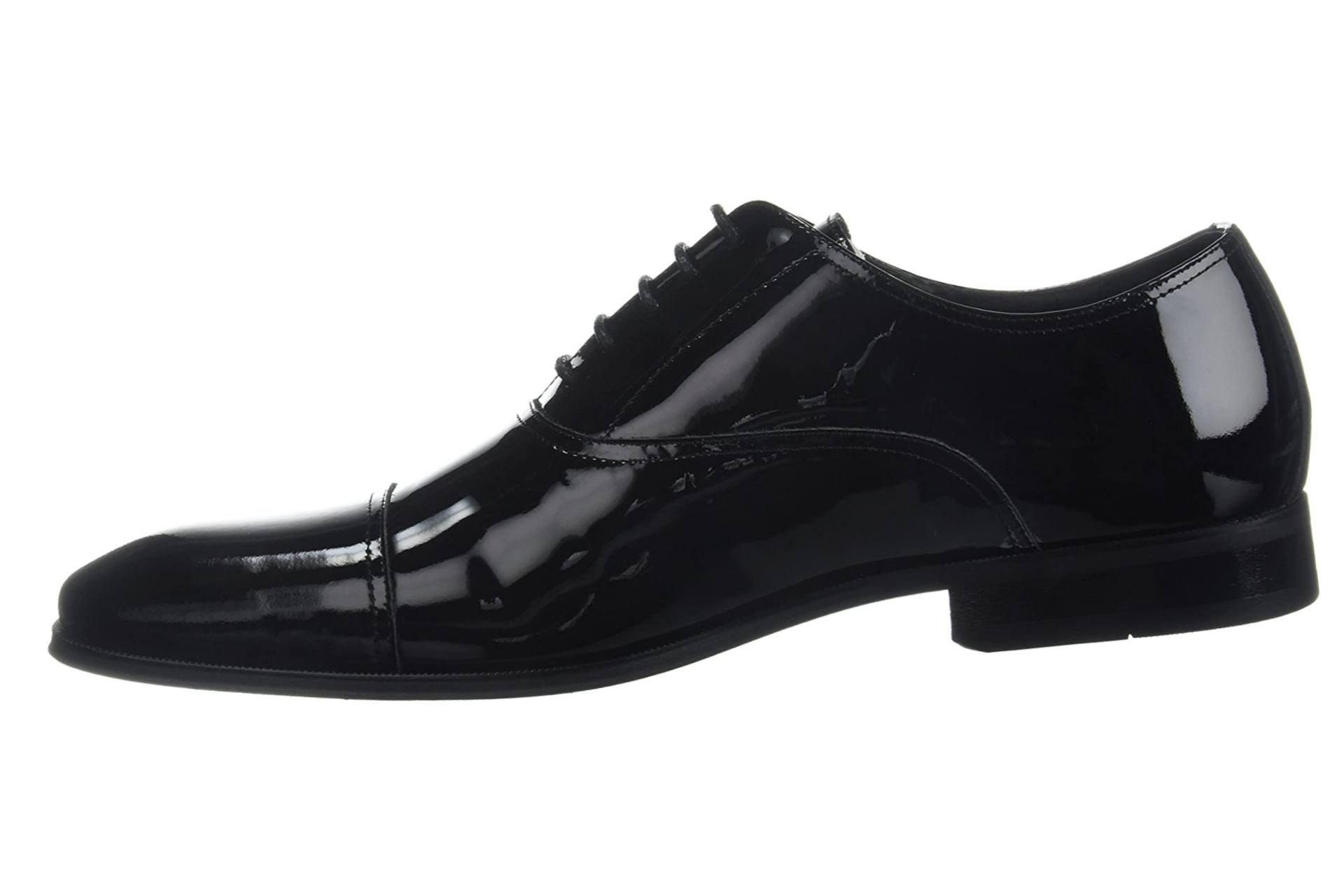 Oxford dress shoe for work