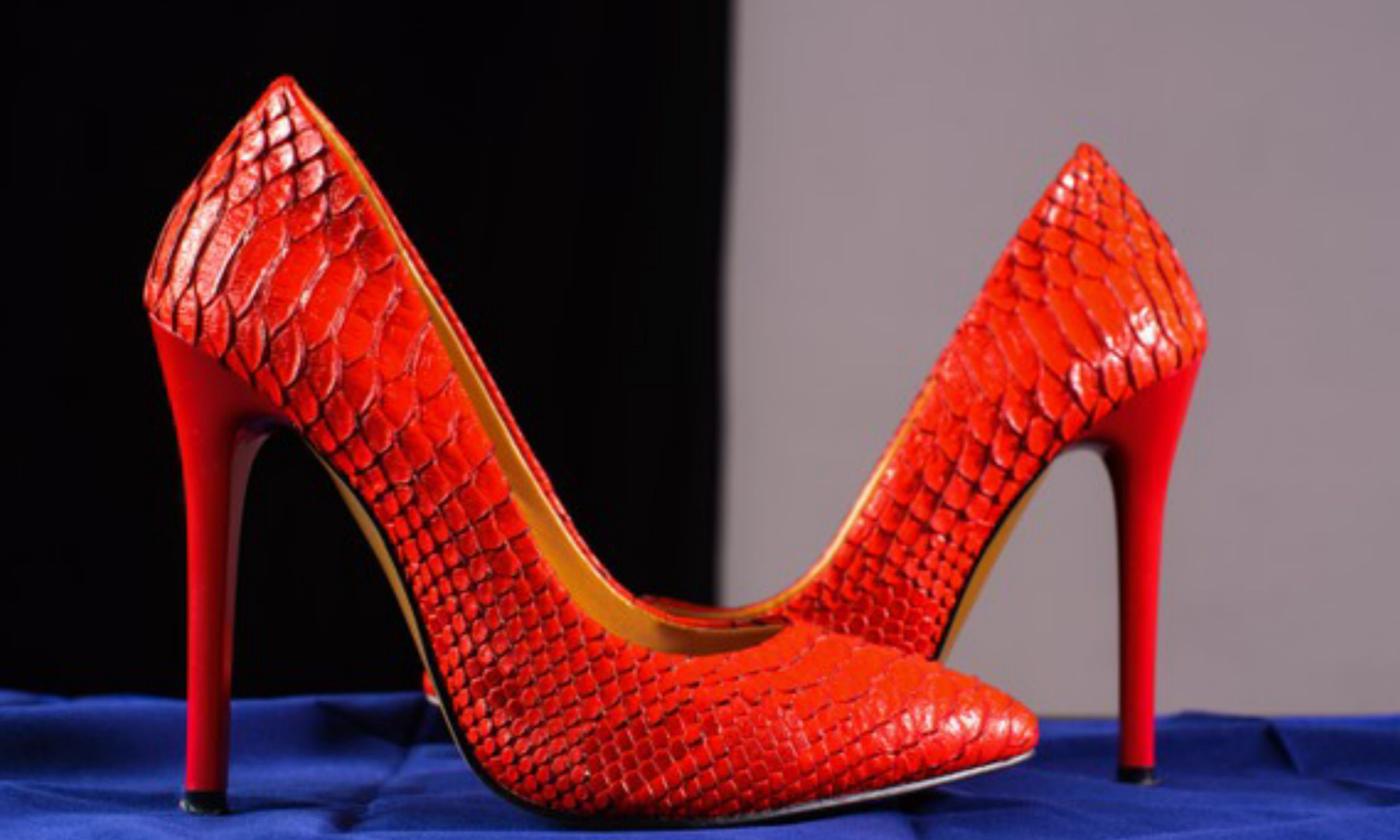 Wedge and High Heels: which is more comfortable?