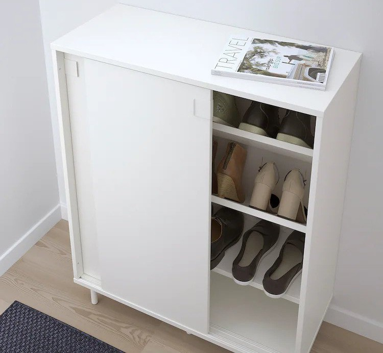 How to prevent mold growth on shoes in a closet