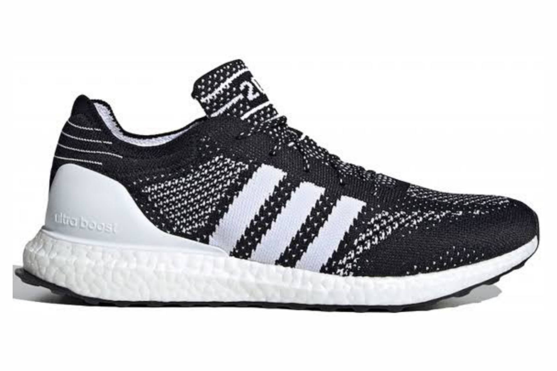 Does Adidas make Sneakers from ocean plastic?